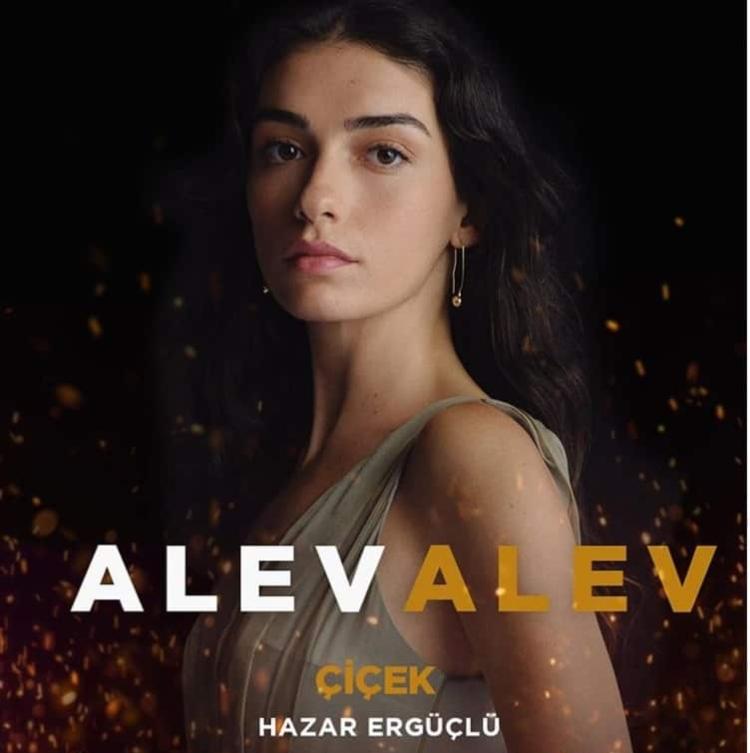 Alev Alev Çiçek - Hazar Ergüçlü